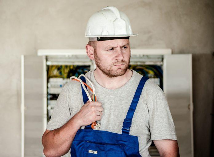 Jak założyć firmę budowlaną?